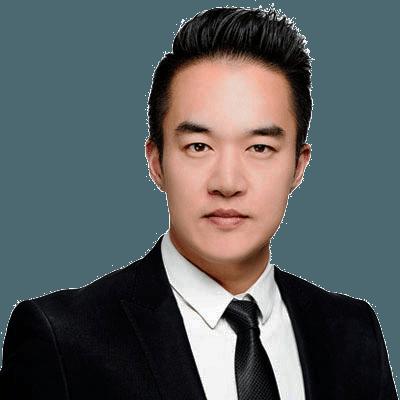 Dr Mitchell Kim